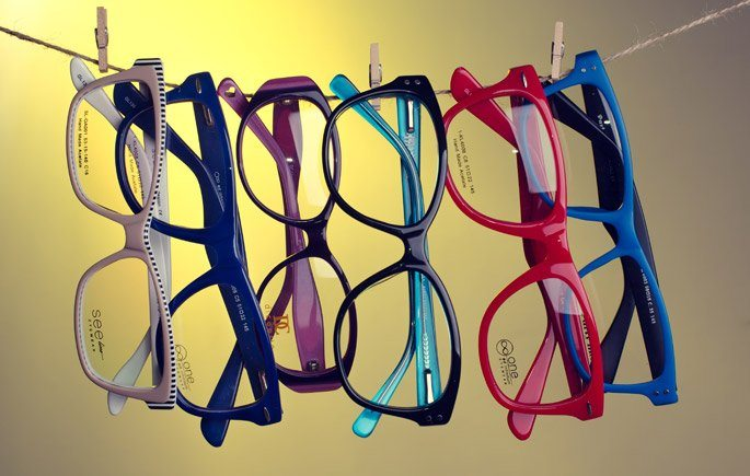 Online glasses retailers is a fashion lover's dream come true.